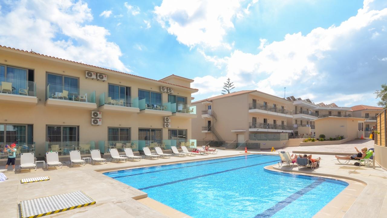 Hotel Karras Grande Resort